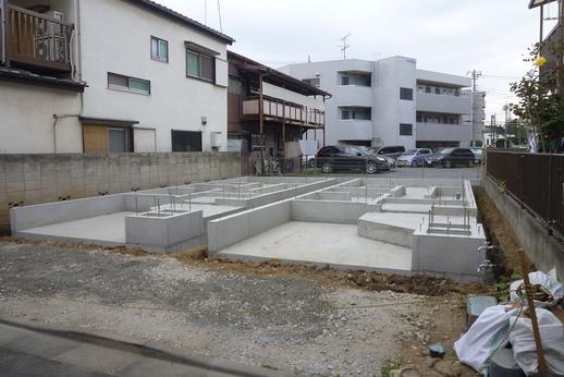 下小田中4丁目に新築一戸建 建築開始しました! -写真